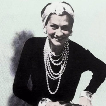5 Tips for a Coco Chanel Inspired Weekend