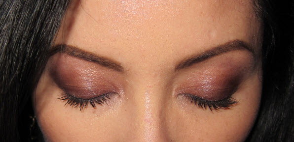 Eye shadow blending