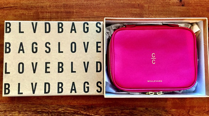 iloveblvd.com smart jewelry case for a traveling fashionista
